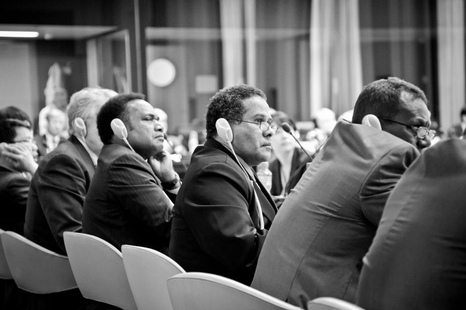 ©Trisa Taro. Delegates listening to a lecture at a WHA66 side event