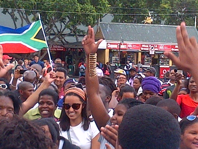 Grand Parade celebrating the life of Nelson Mandela © Mina Kazemi